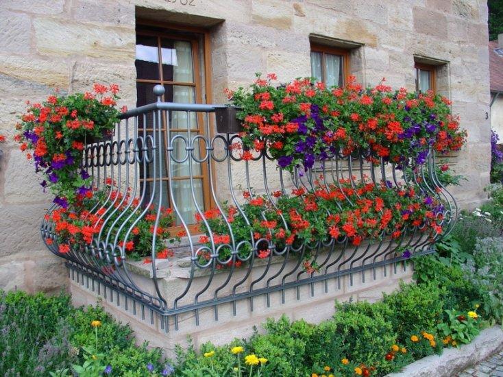 Балкон и цветы