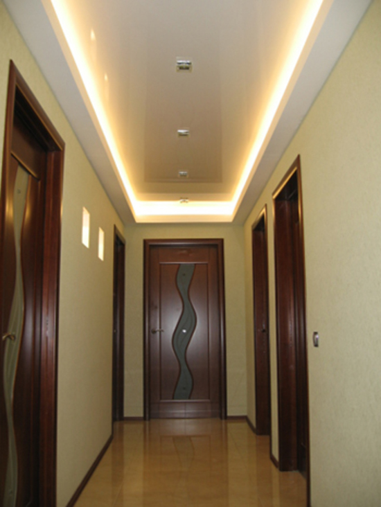 Дизайн потолка в коридоре фото