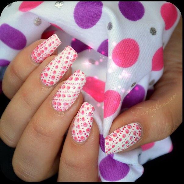 Фото точечный рисунок на ногтях