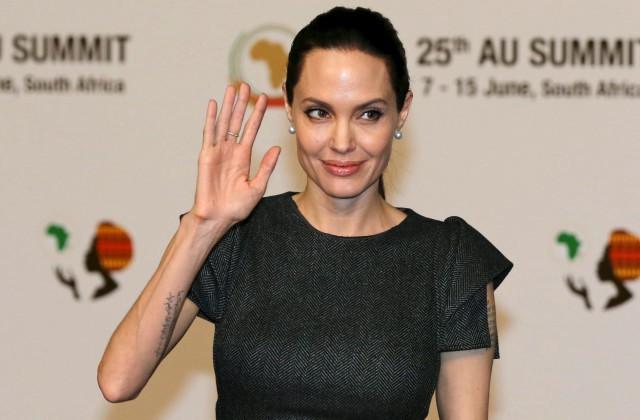 СМИ сообщили, что довело Джоли до смертельного истощения