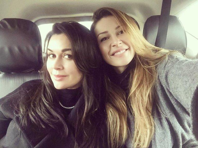 Анастасия Заворотнюк выглядит ровесницей собственной дочери