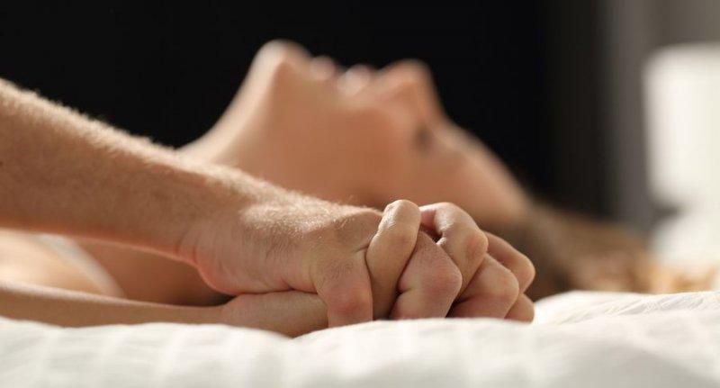 Как сдержать оргазм мужчине в сексе